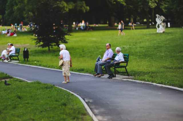 bench-man-people-woman.jpg