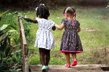 girls-children-kids-friends-50581.jpeg