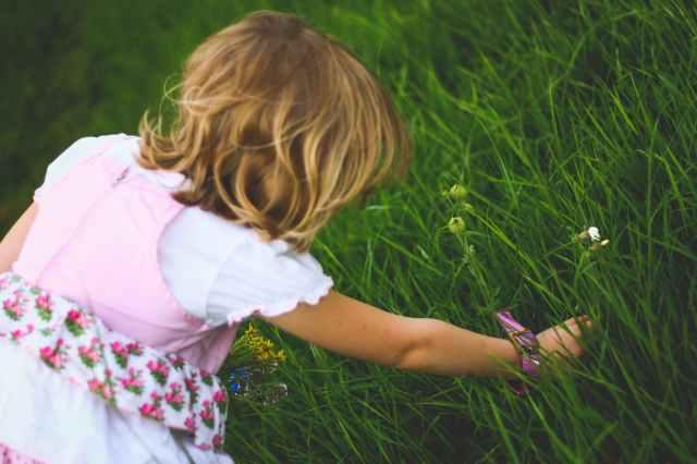 people-flowers-summer-girl.jpg